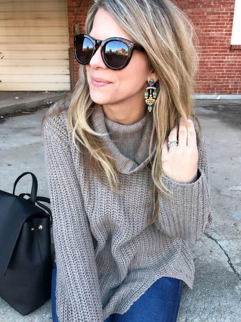 Oversized Sweater, Winter Style, Statement Earrings, @beauandarrowusa
