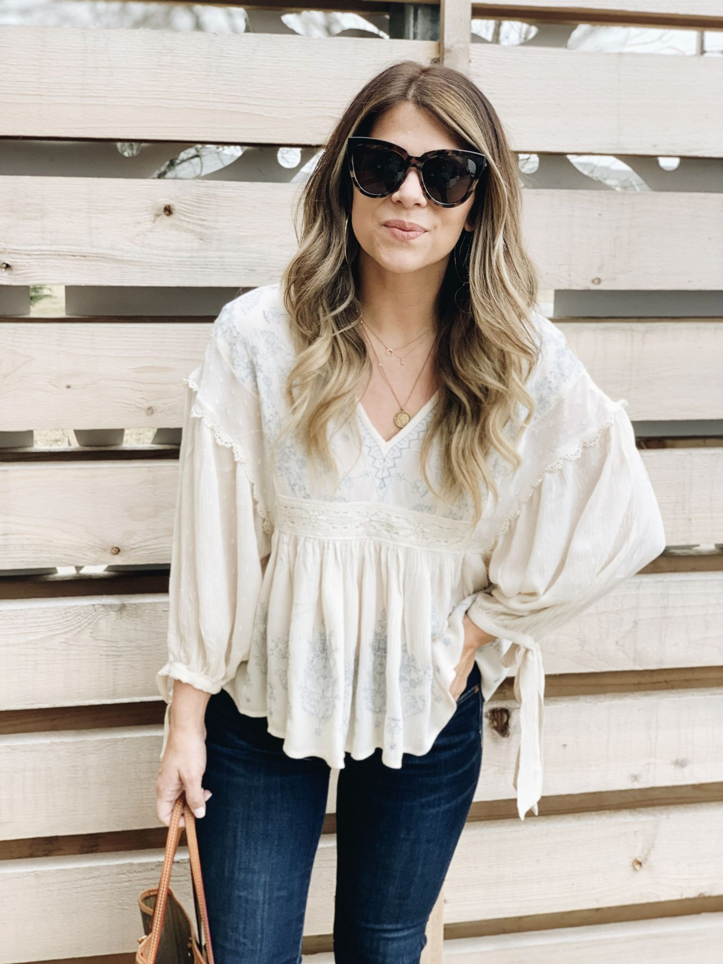Invisalign Review, Invisalign, Coffee, Porter, Le Specs, Megan Markle Sunglasses, Neverfull gm, Orthodontics, @stelladot, Spring Style, Boho Top