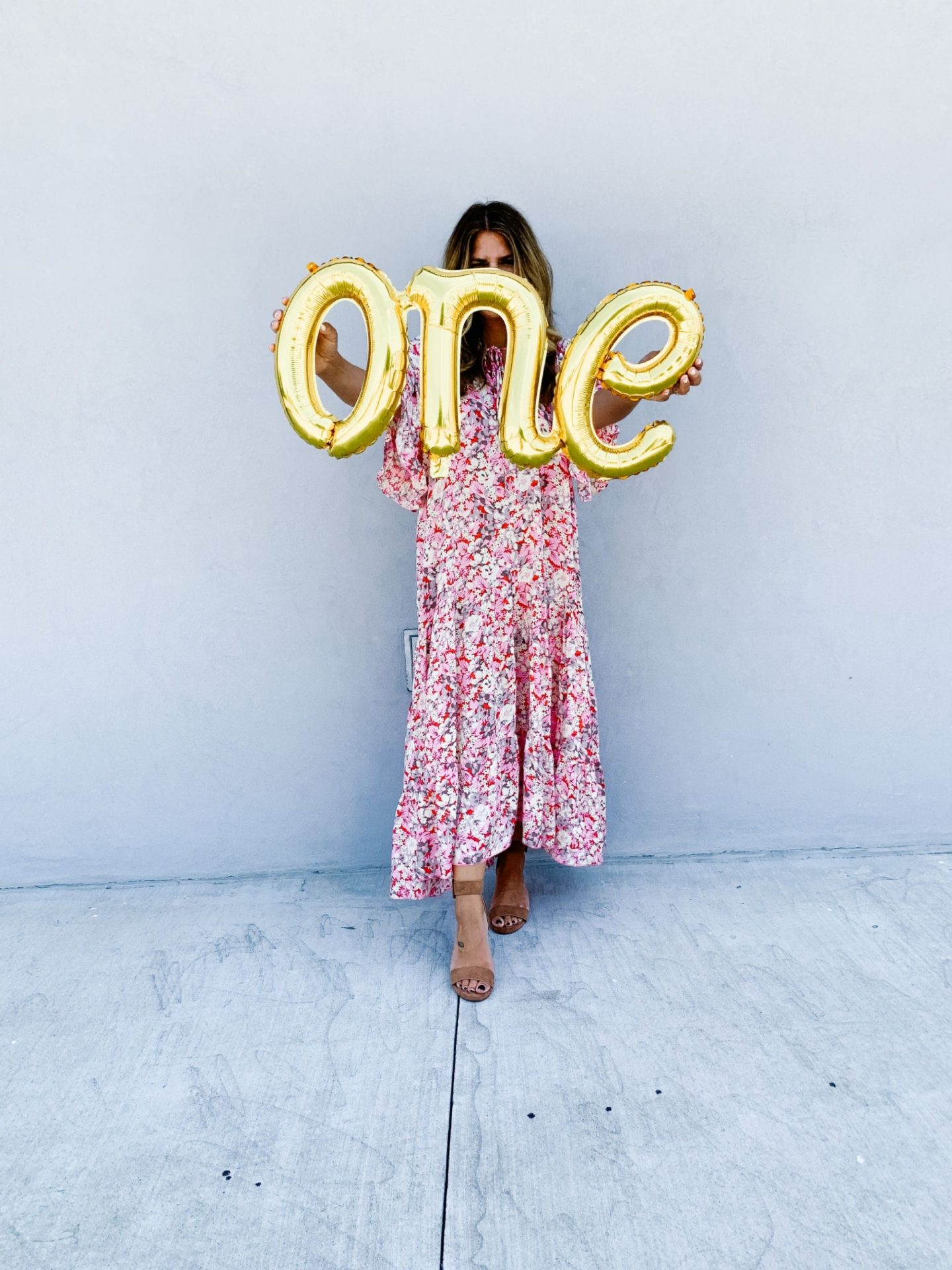 online boutique, 1st birthday, pink maxi dress, boho style, gold balloon, gold number balloon